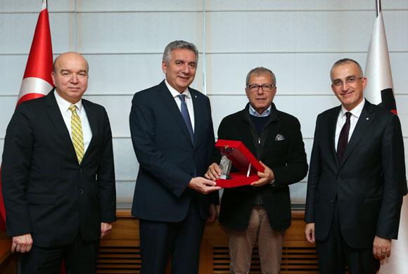 Türkiye Triko Sanayicileri Derneği'nden İSO Başkanı Bahçıvan'a 20. Yıl Ziyareti