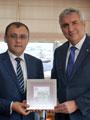 Ukrayna İstanbul Başkonsolosu Bodnar İSO Başkanı Erdal Bahçıvan'ı Ziyaret Etti